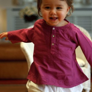 Baby flower embroidered kaftan dark pink