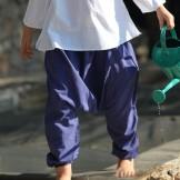 Sarouel garçon en voile de coton bleu foncé