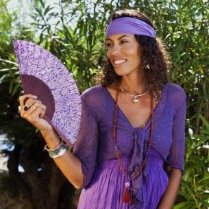 cache-cœur violet